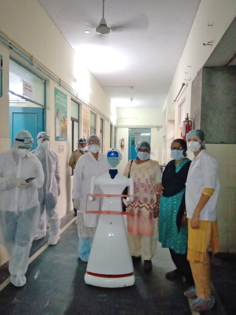 robot in hospitals