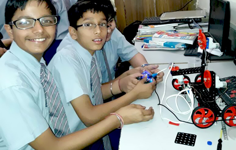 Robotics Lab for schools